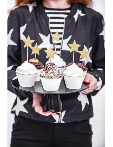 Witte Cupcake Wrappers met...