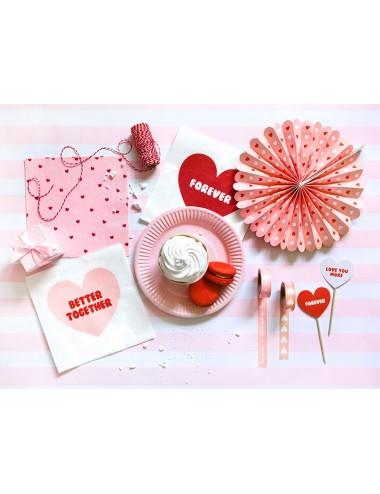 Roze servetten met rode hartjes (20st)